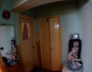 Apartament 3 cam, decomandat, 2 balcoane, Intre Lacuri