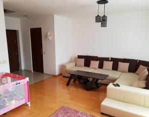 Apartament cu 3 camere pe 2 nivele plus mansarda, zona Manastur