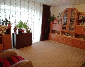 Vanzare 2 camere decomandate in Baciu