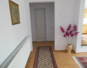 House 6 rooms for sale in Floresti