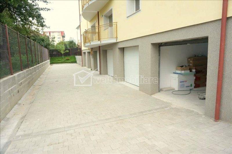 Inchiriere apartament de lux cu 4 camere, Andrei Muresanu. Garaj si boxa