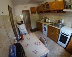 Casa individuala, 2 camere, 60mp utili, zona Hotel Napoca
