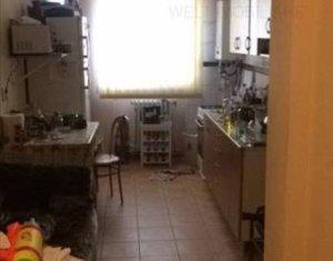 Apartament 3 camere semidecmandat, 78mp utili, zona strazii Republicii