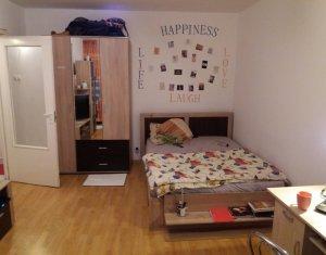 Apartament de inchiriat, decomandat, 2 camere, zona Intre Lacuri