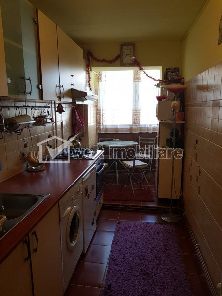 Apartament 2 camere, decomandat, parcare, Manastur