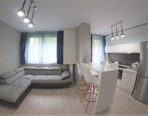 De vanzare apartament de lux 3 camere, 74 mp, zona Platinia Shopping Center