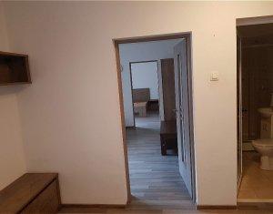 Inchiriere apartament 2 camere, 50 mp, etaj intermediar, Central