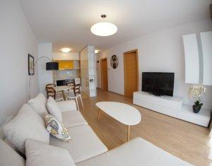 Inchiriere Apartament 2 camere LUX, zona Iulius Mall, Viva City; cu garaj