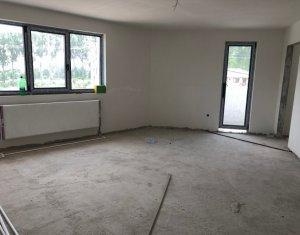 Apartament 3 camere, 2 bai, 80 mp utili, etajul 1, zona Tauti