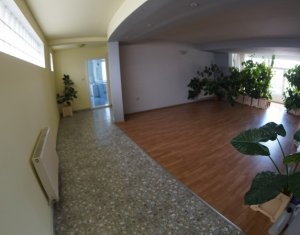 House 10 rooms for rent in Cluj-napoca, zone Manastur