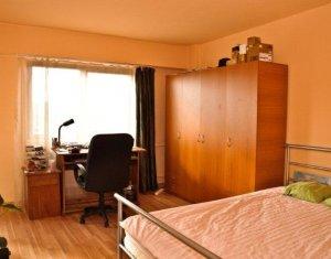 Apartament o camera, zona semicentrala