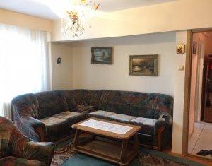 De vanzare apartament cu 5 camere, 100 mp + 14 mp balcoane, zona Big