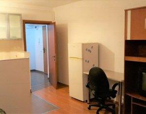 Inchiriere Apartament 2 camere, Centru, 40 mp