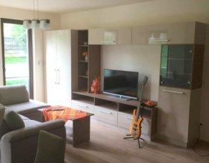 Inchiriere apartament cu 2 camere, zona Iulius Mall, Riviera Luxury; garaj
