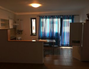 Vanzare apartament cu 3 camere, Floresti, strada Sub Cetate