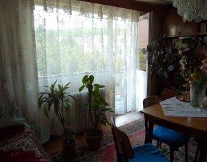 Vindem apartament 3 camere, decomandat, zona Sirena, Manastur