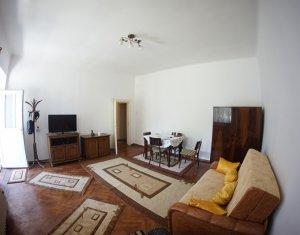 Apartament de inchiriat, 2 camere la casa, zona Andrei Muresanu