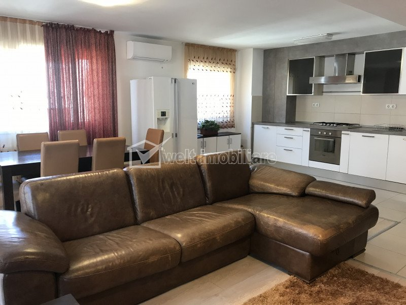 Apartament cu 4 camere in Buna Ziua, zona Grand Hotel, garaj