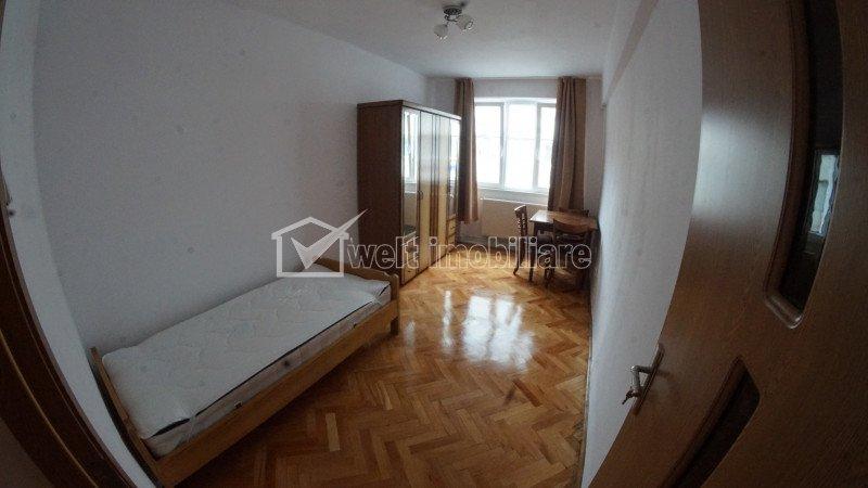 De inchiriat apartament cu doua camere decomandate, ultracentral