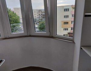 inchiriere garsoniera Zorilor, etaj intermediar, finisata modern