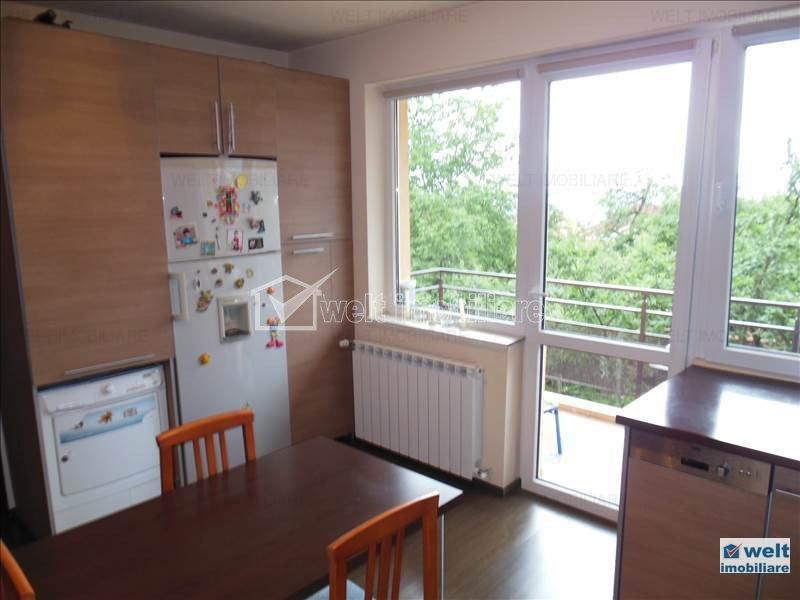Un superb apartament intr-o zona deosebita, 3 camere, zona Parcului Engels