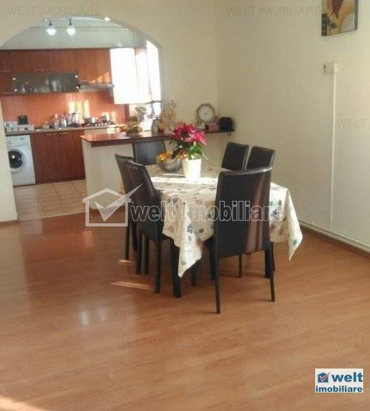 Apartament la vila, 5 camere, pe 2 niveluri, zona Marasti