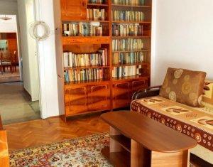 Inchiriem apartament cu 3 camere, in centrul orasului Cluj-Napoca