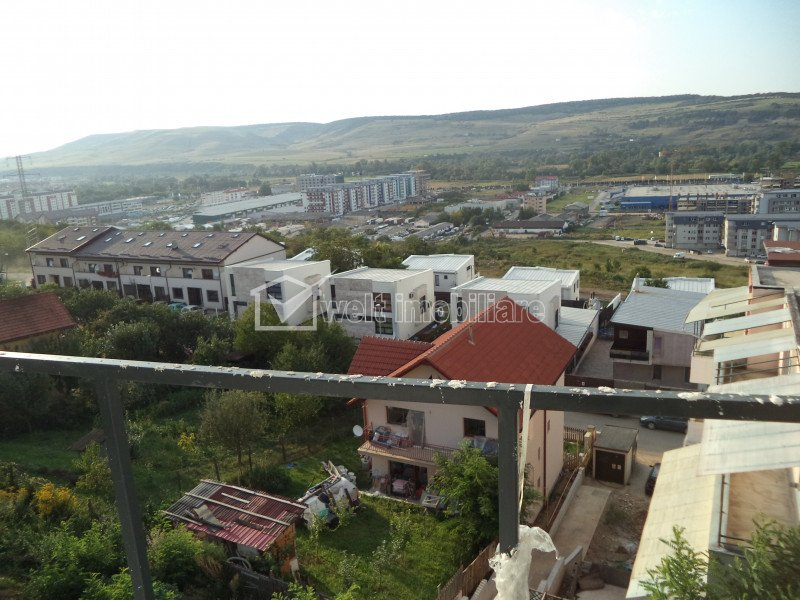 Vindem apartament 4 camere, zona Vivo, panorama deosebita, Floresti