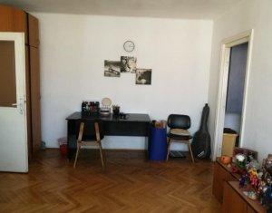 Apartament 2 camere, semidecomandat, 47mp utili, Piata Mihai Viteazu