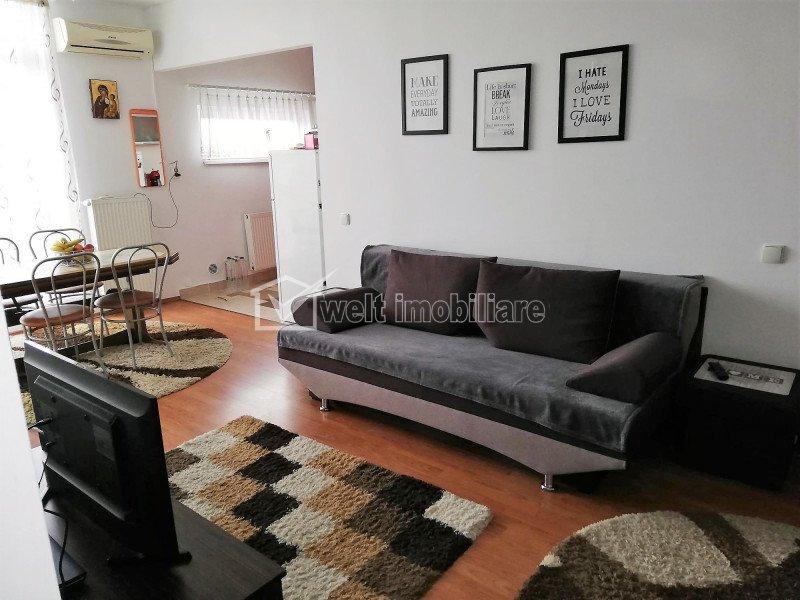 Apartament spatios, 2 camere, parcare, centru