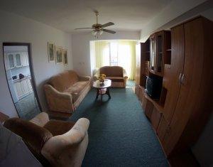 Inchiriere apartament 3 camere, Intre Lacuri, zona Dunarii, finisat, parcare