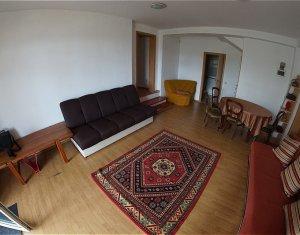 Apartament spatios de 3 camere semidecomandate, cartierul Grigorescu