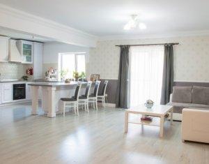 Vanzare apartament de lux, 2 camere, strada Stejarului, Floresti
