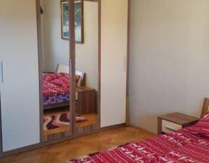 Vindem apartament cu 4 camere, 83 mp, mobilat si utilat, zona str. Ialomitei