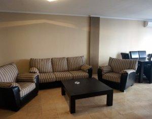 Appartement 3 chambres à louer dans Cluj-napoca, zone Zorilor