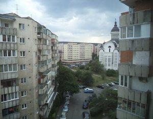 Apartament cu 3 camere, zona Ion Mester, Manastur