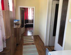Ház 3 szobák kiadó on Floresti