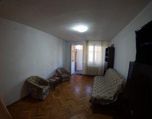 Apartament de inchiriat, 3 camere, 68 mp, etaj intermediar, zona Iulius Mall