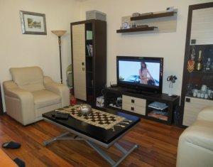 VAnzare apartament cu 3 camere, Floresti, strada Tineretului