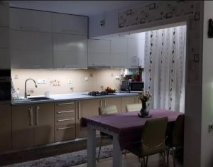 Vanzare apartament 3 camere, situat in Floresti, zona Florilor