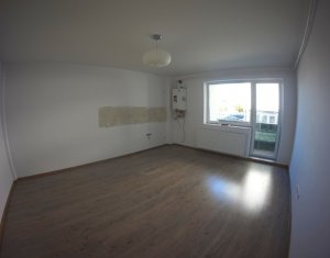Apartment 3 rooms for rent in Cluj-napoca, zone Dambul Rotund