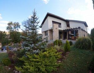 Casa individuala deosebita 227 mp util zona turistica in sat Cojocna