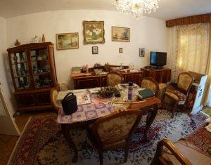 Vanzare apartament cu 3 camere in Manastur, zona foarte buna