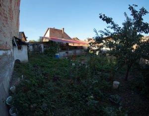 Casa de vanzare 220 mp cartier Gruia gradina spatioasa