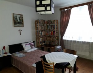 Imobil de vanzare, zona de case, cartier Marasti