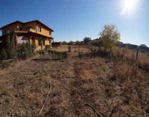 Casa cu 5 camere, 180 mp utili si 1800 mp teren in zona Someseni