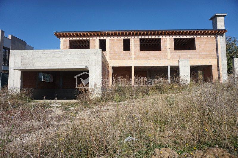 Casa cu panorama superba 270 mp utili, 1300mp teren, Dambul Rotund