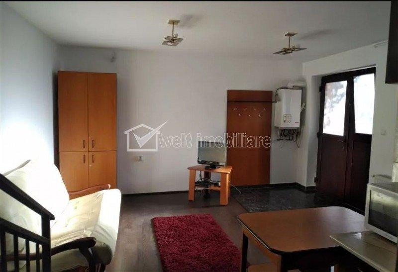 Apartament de 2 camere, semidecomandat, Centru