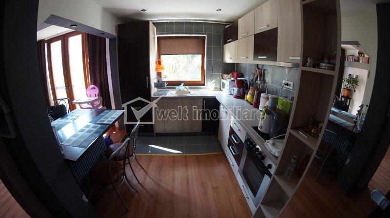 Apartament cu 3 camere, semidecomandat, Manastur