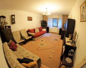 Apartament decomandat, la cheie, pozitie excelenta, Titulescu